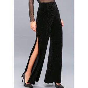 Lulu's black velvet high waist wide-leg pants